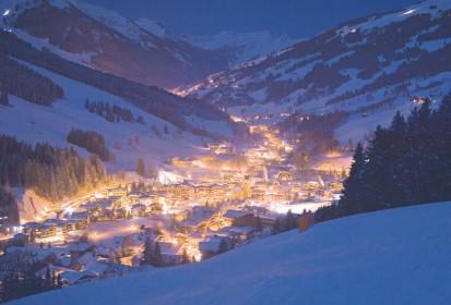 Après-ski in het winterse levendige Salzburgerland