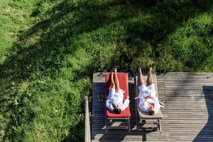 Relaxen in de achtertuin van de boerderij