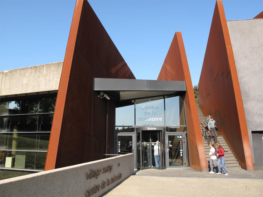 In het Centre de la Mémoire van Oradour herdenk je de gruwel van WO II. © Mapio
