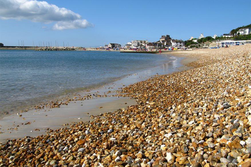 De kust van Lyme Regis. © Wikimedia Commons