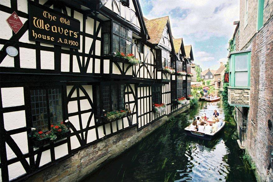 Een leuke manier om de binnenstraten van Canterbury te ontdekken: neem de boot! © Visit Kent via Flickr