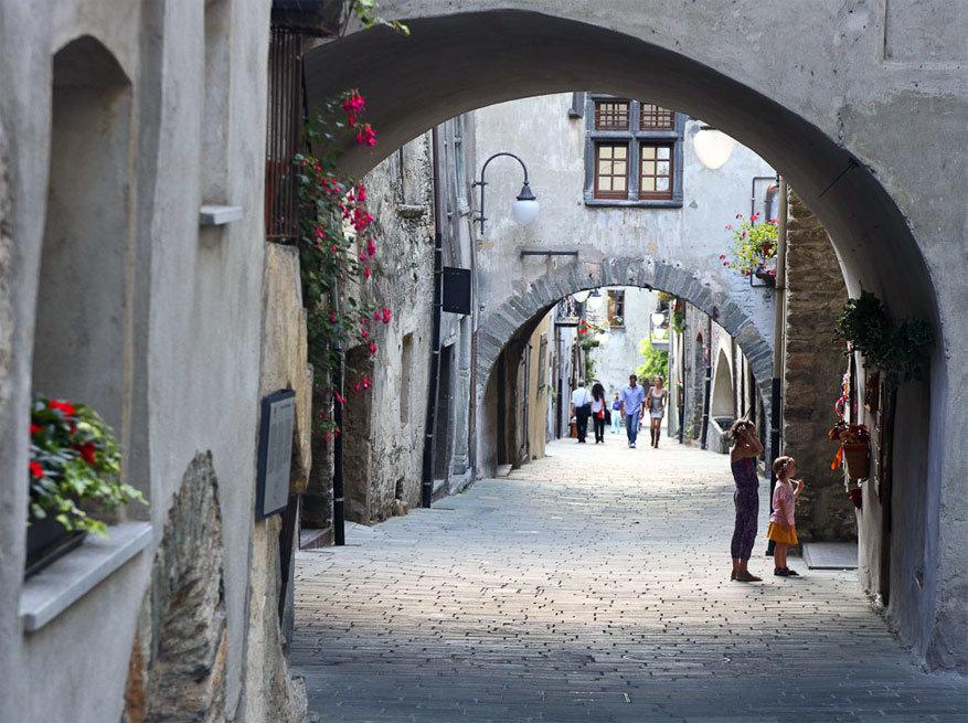 Het schilderachtige dorpje Bard. © Visit Aosta via Flickr