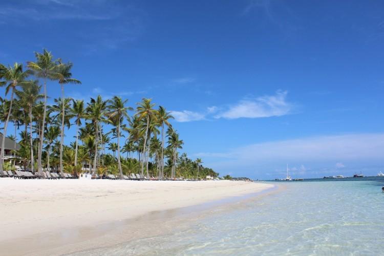 8. Punta Cana, Dominicaanse republiek: hier vind je het ene exclusieve resort naast het andere. 40 kilometer wit zand en wuivende palmbomen maken van Punta Cana een gewild vakantiegebied voor Europeanen. De laatste jaren ontdekken ook Amerikanen deze magische plaats. © Pixabay
