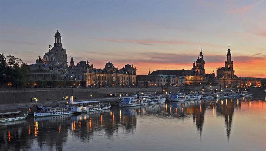 Vanaf de Augustusbrug heb je een prachtig zicht op de Altstadt van Dresden. © Harshil Shah via Flickr Creative Commons