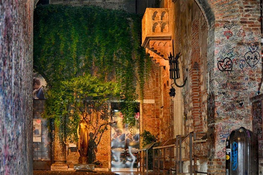 Verona: het balkon van Julia aan Casa di Giulietta. © Joachim G. Pinkawa