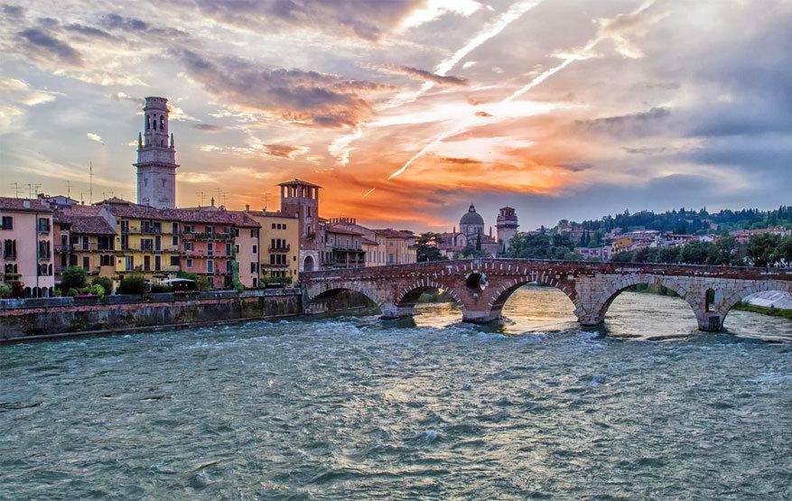 Verona: Ponte Pietra. © Fabrizio Lacoviello