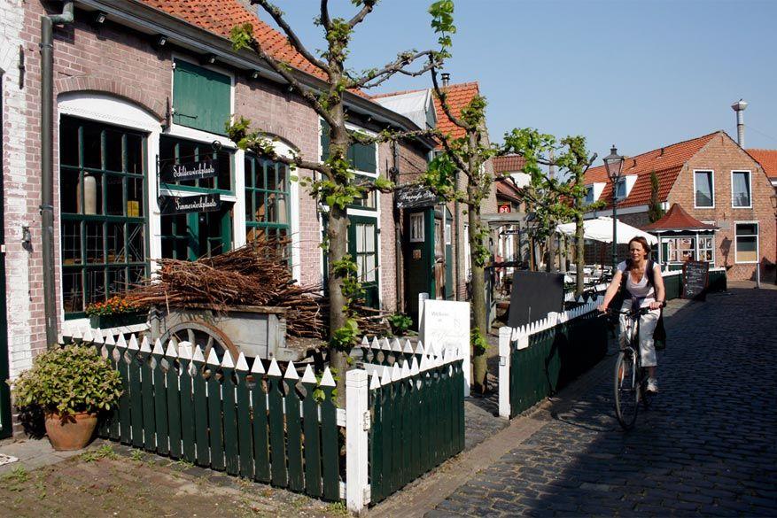 Breskens: de Slijkstraat in Groede waar verschillende musea liggen. © Het Vlaemsche Erfgoed