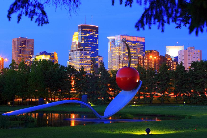 Minneapolis: het symbolische beeldhouwwerk met de lepel en de kers