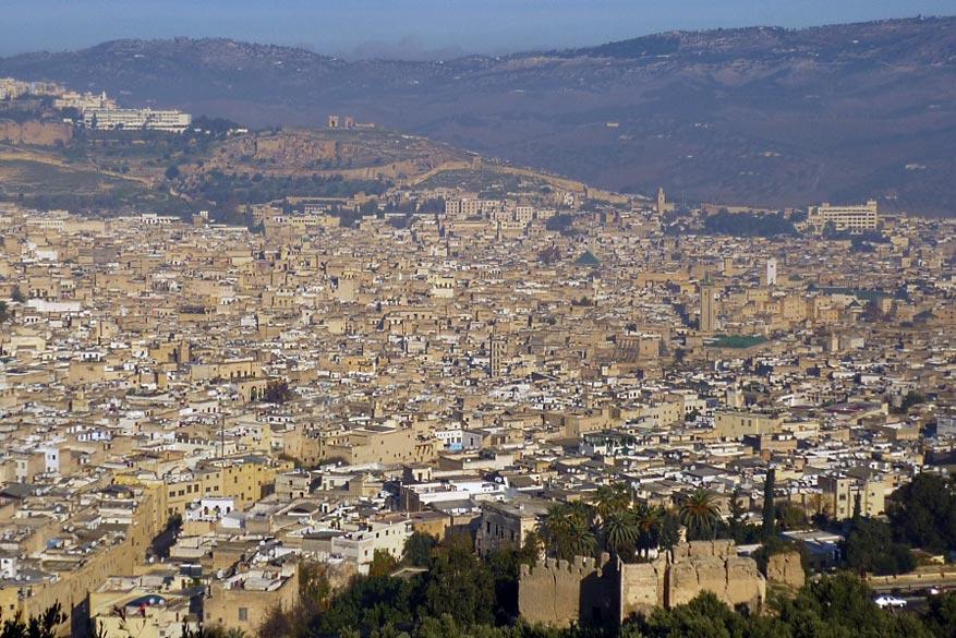 Bewonder Fez, de grootse 'medina' ter wereld met een indrukwekkende architectuur.