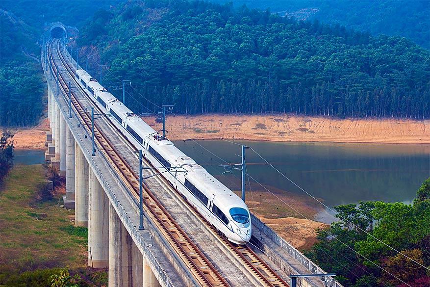 Dwars door China: de hogesnelheidstrein onderweg naar zijn bestemming