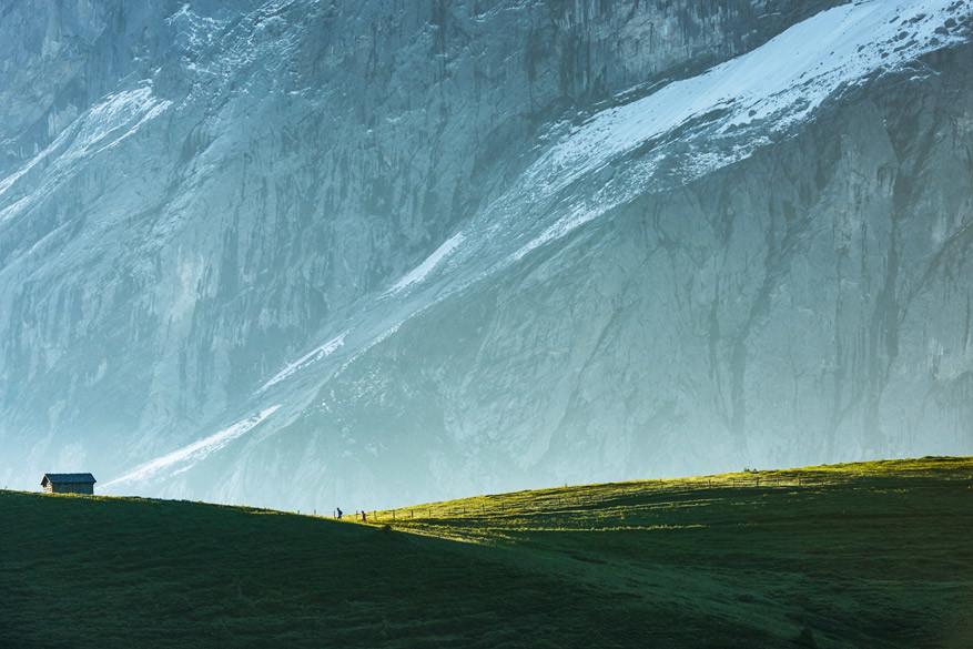 De tocht richting de gletsjerkloof levert indrukwekkende beelden op. © Switzerland Tourism / Stefan Schlumpf