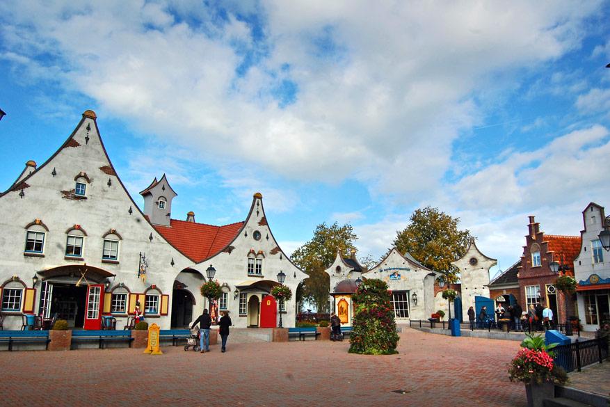Feeërieke huisjes in Sprookjeswonderland.