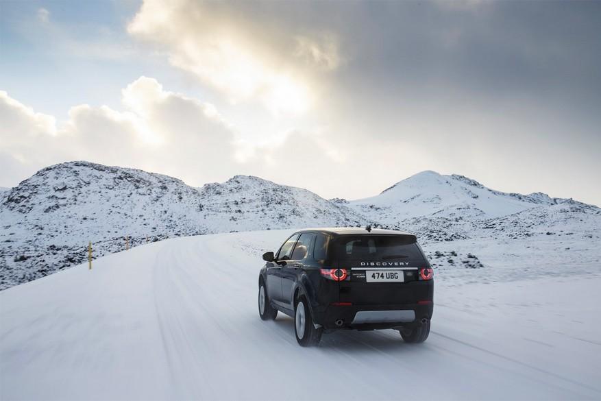 Met de auto op wintersport: 10 praktische tips