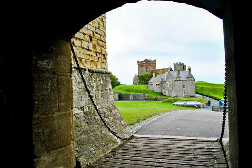 De poort naar Dover Castle.