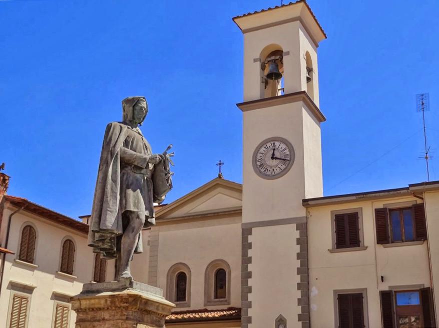 Het standbeeld van Giotto in Vicchio.