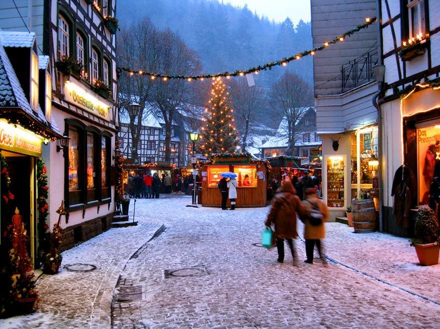 Het romantische kerstdecor van Monschau © Chris Friese