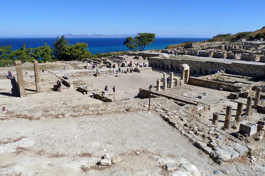 De resten van de stad Kamiros.