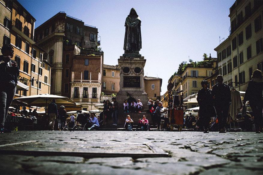 Wandelen in Rome: vertrekken vanaf het Campo de' Fiori