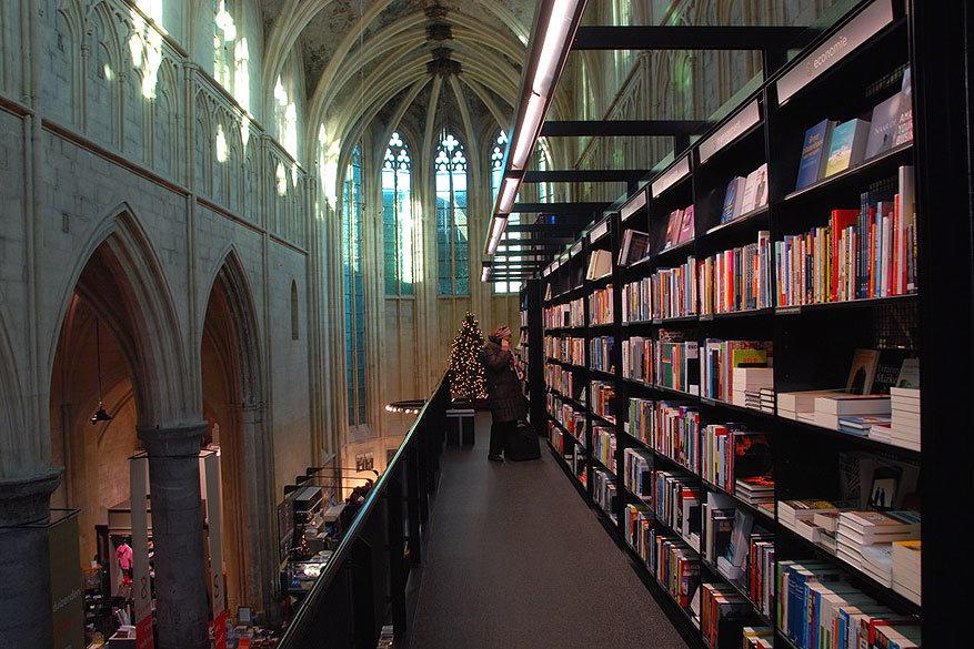 Maastricht: boekhandel Selexyz