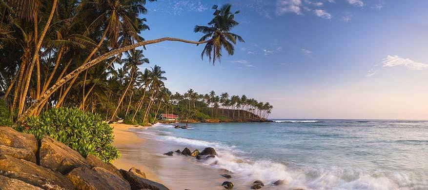 Mirissa-Beach-Sri-Lanka.