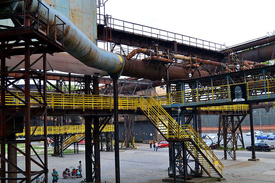 Moravië-Silezië: ijzerfabriek en historisch erfgoed NKP Důl Hlubina