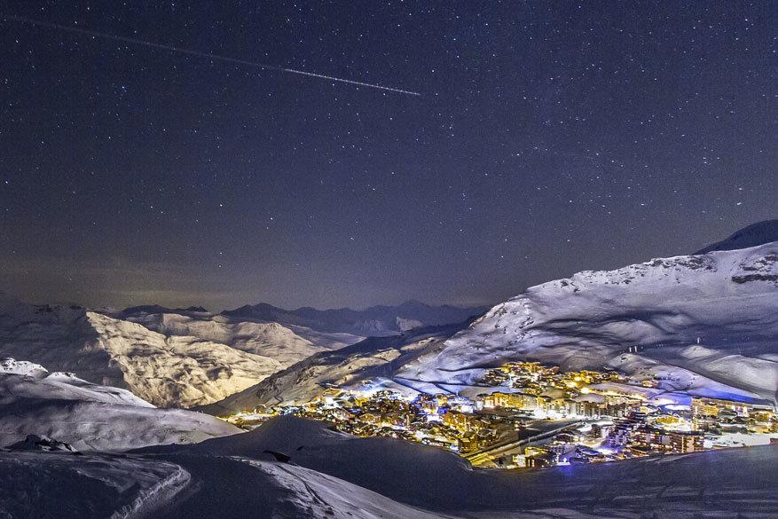 Les 3 Vallées by night