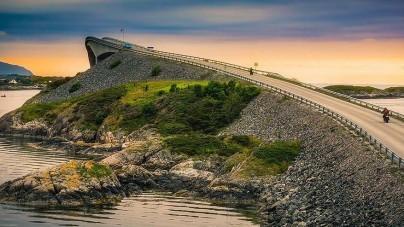 Noorwegen legt 10 brede fietssnelwegen aan