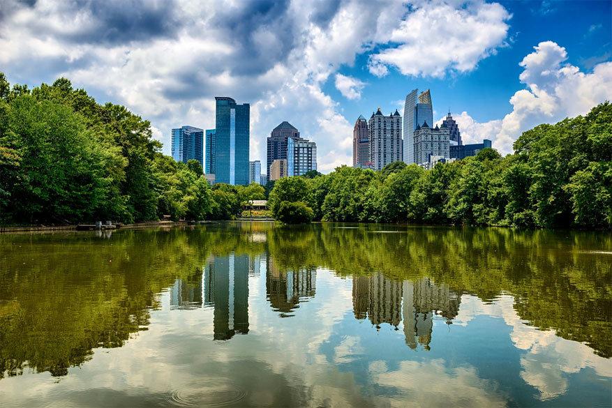 Atlanta: de skyline van Midtown Atlanta vanuit Piedmont Park