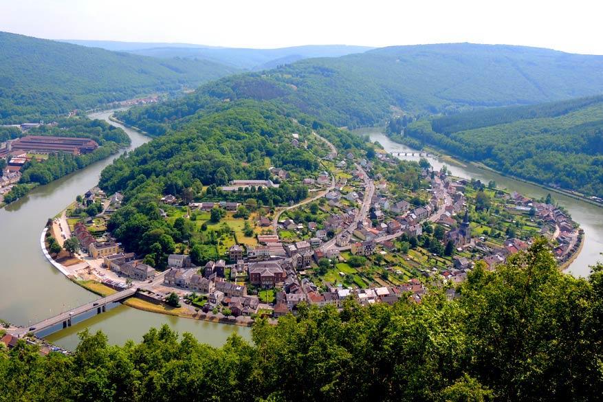 Franse Ardennen: panorama met de Maas
