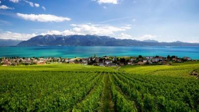 Voor anker in Lausanne tijdens rondje Zwitserland