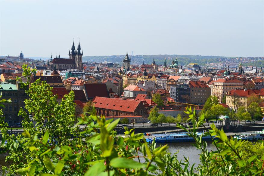 Praag: uitzicht op het oude stadsgedeelte