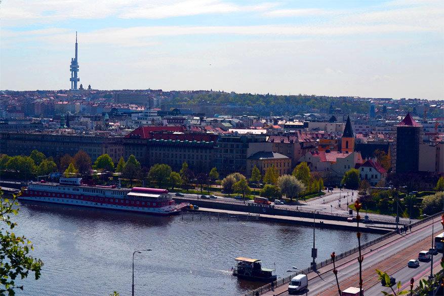 Praag: uitzicht op de televisietoren