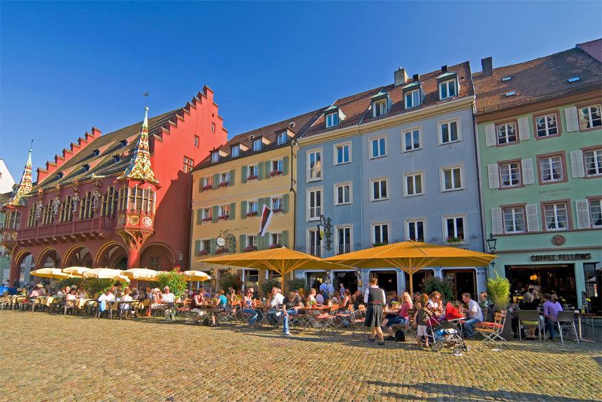 De markt van Freiburg