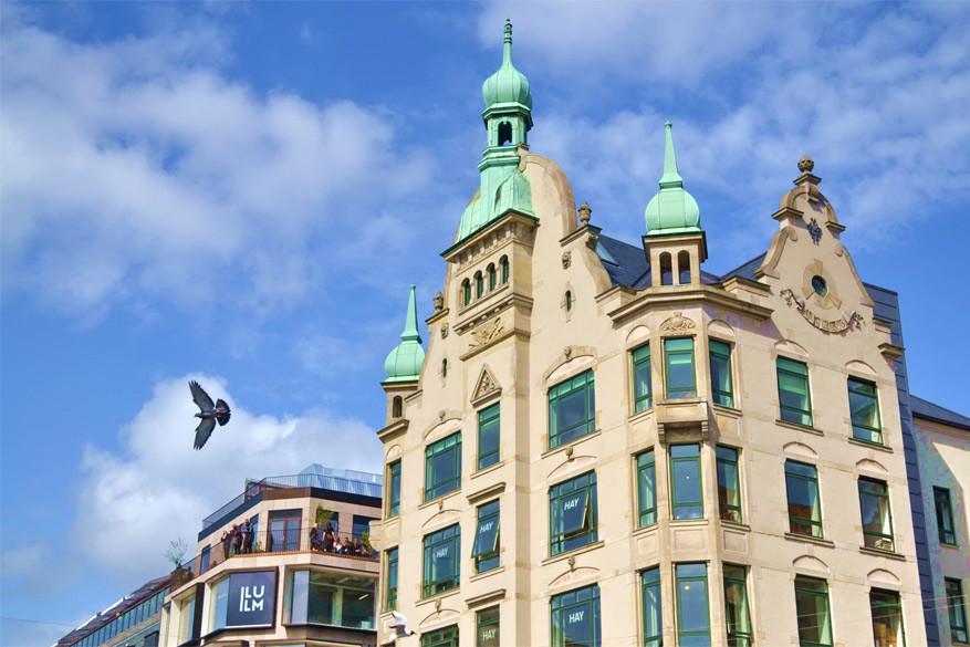 Kopenhagen: het HAY House op de hoek van Strøget