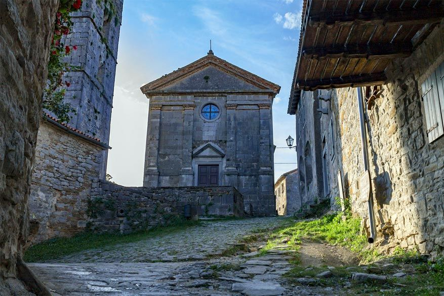 Kroatië: middeleeuwse sfeer in Hum. © Kristijan Ribarić