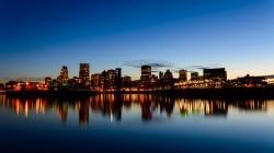 Bezoek nu zomers Montreal via IJsland