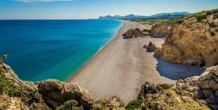 23 onontdekte stranden aan de Middellandse Zee