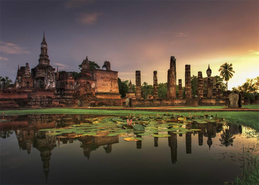 Fietsen in Sukhothai, de oudste stad van ThailandFietsen in Sukhothai, de oudste stad van Thailand
