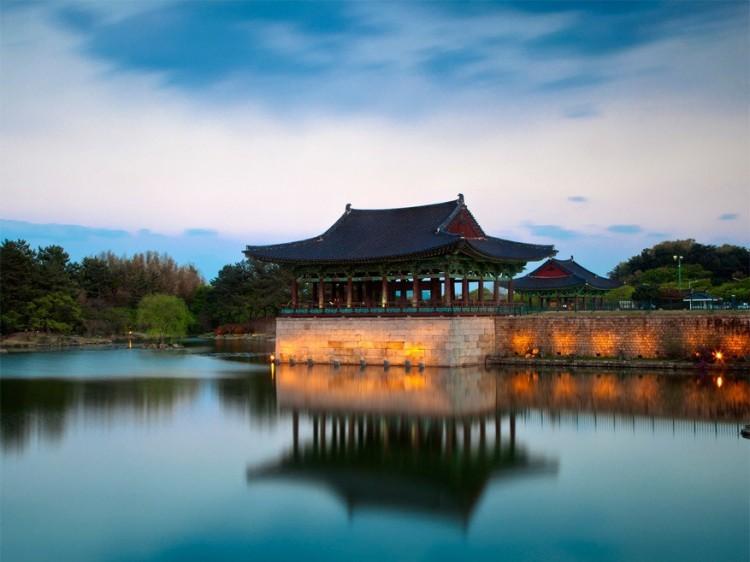 Donggung Palace en Wolji Pond, Gyeongju National Park, Zuid-Korea
