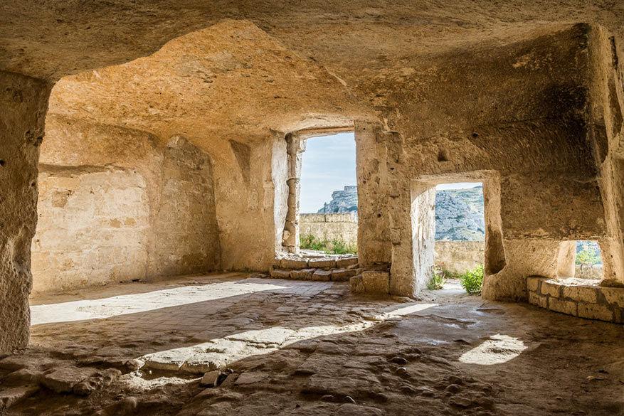 Zuid-Italië: binnenin een 'sassi'. © Attilio Bixio
