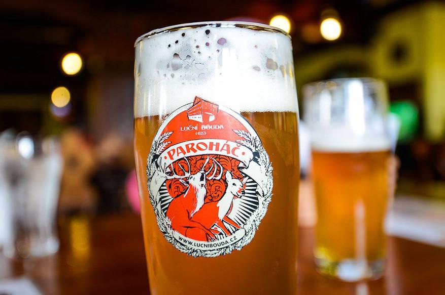 Het bier Paroháč wordt gebrouwen in brouwerij Luční bouda