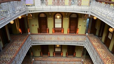 130  jaar oude wolkenkrabber wordt luxehotel
