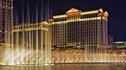 Caesars Palace in Las Vegas viert 50ste verjaardag