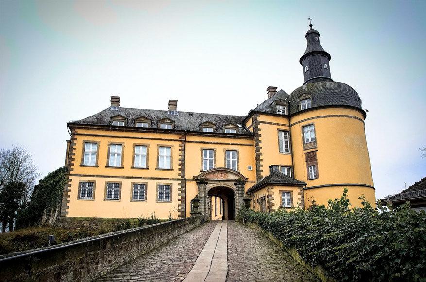 Het kasteel van Friedrichstein. © relsieG Fotoworks