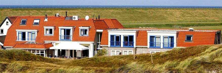 Strandhotel Camperduin. © Logis Hotels