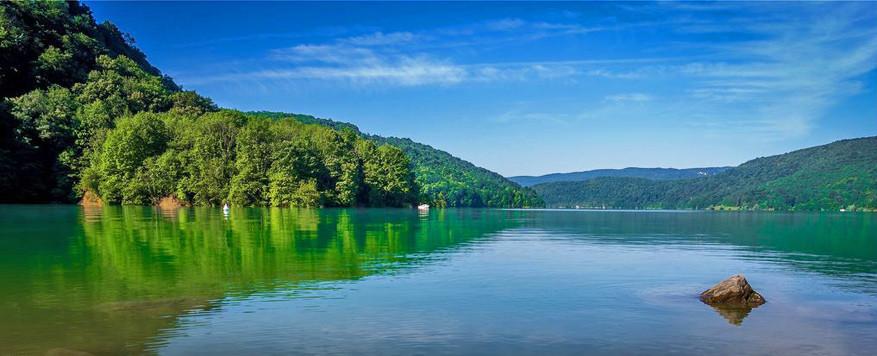 Het meer van Vouglans