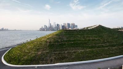 New York opent nieuw park met uitzicht op skyline