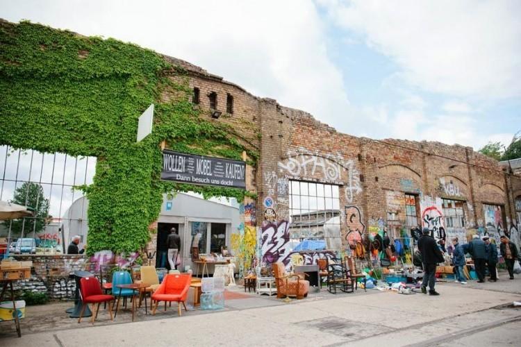 Vlooienmarkt: elke zondag zijn er in Berlijn vlooienmarkten aan de gang. Fijne vlooienmarkten om op rond te kuieren vind je op Boxhagener Platz, Arkonaplatz en in het Mauerpark. © Siobhan Watts