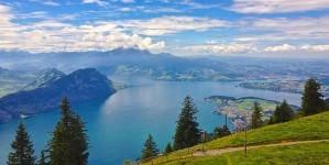 Reisreporters top 10 te bezoeken regio's in 2017