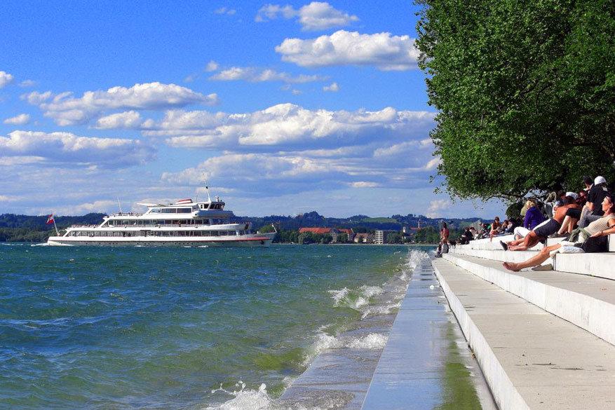 Langs de haven van Bregenz